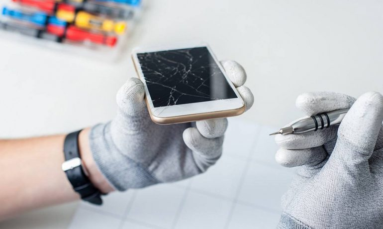 Apple iPhone SE Screen Replacement